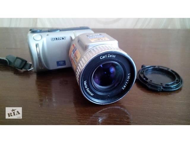 продам Фотоаппарат Sony DSC-F505V бу в Волновахе