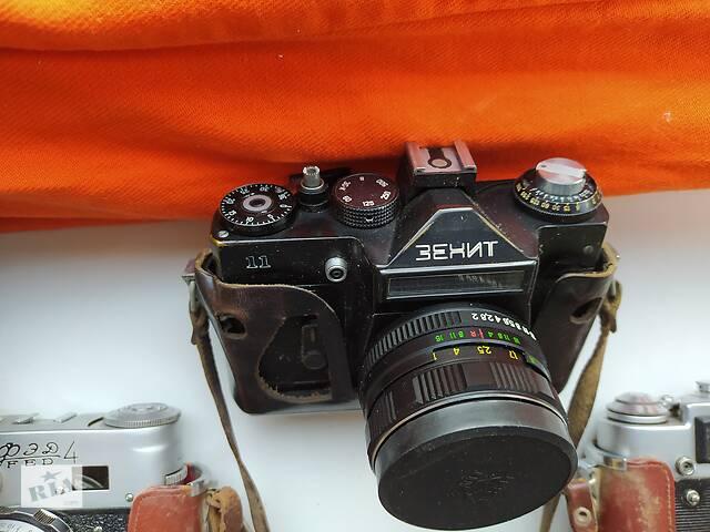 продам Фотоапарат Зеніт-11, об'єктив Геліос 44 М-4 бу в Києві
