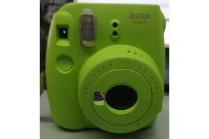 Фотокамера моментального друку Fujifilm INSTAX Mini 9