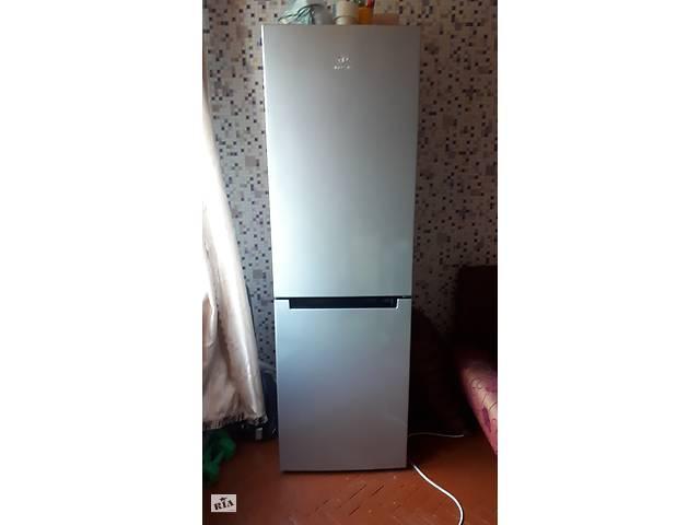 купить бу Холодильник Indesit LI8 FF2 S в Харькове