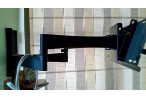 Кріплення TV до стіни поворотне розраховане на вагу до 45кг
