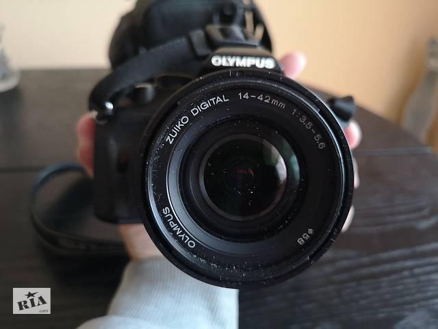 бу Майже новий дзеркальний фотоапарат Olympus E-450 Kit 14-42 zuiko в Вінниці
