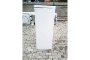 Однокамерный холодильник морозилки бы. у из Европы