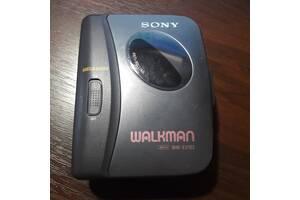 Касетний плеєр -Sony WM-EX162 Walkman Mega bass