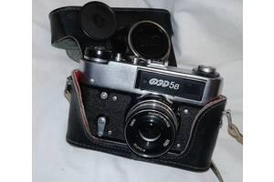 Продам фотоапарати ФЕД-2, ФЕД-5в