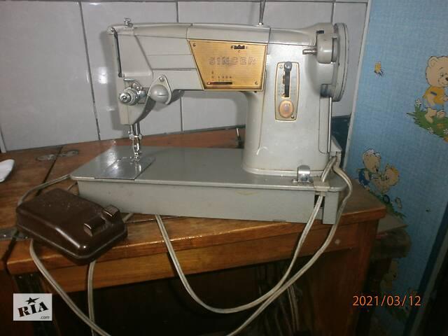 купить бу Продам на запчастини швейну машинку Singer англійську.  в Вінниці