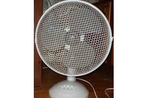 Продам новый настольный вентилятор Rotex RAT02-E