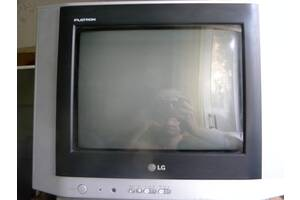 Продам телевизор LG 15FC2RB Flatron