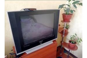 Продам телевизор и мини смарт приставку