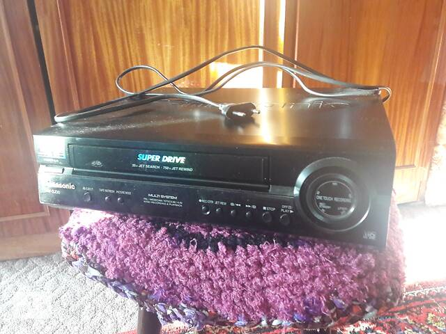 купить бу Продам видеомагнитофон& quot; Panasonic& quot; NV-SJ30EU. в Никополе