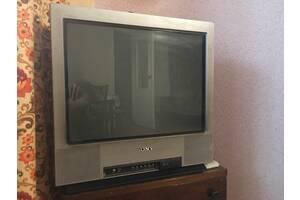 телевизор с плоским экраном FD Trinitron.