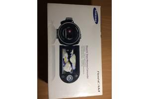 Видеокамера Самсунг + карта в подарок