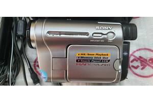 видеокамера-SONY TRV 480