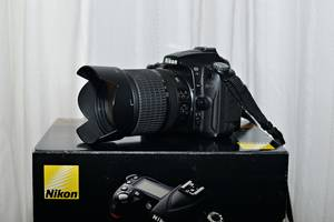 б/в Дзеркальні фотоапарати Nikon D90 Kit (18-105 VR)