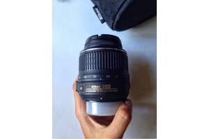 б/у Стандартные объективы Nikon D3100 Kit (18-55 VR)
