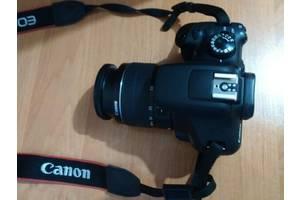 Нові Дзеркальні фотоапарати Canon