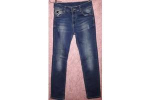 a43b536eb Продам б/у джинсы синие на флисе «под клёш» со стразиками на девочку, р. 25  (рост 146-152 см), по.
