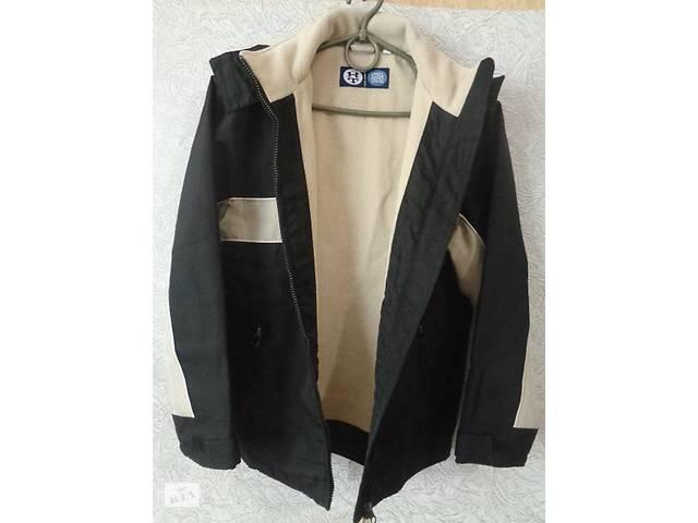 бу Курточка р.146 черная на флисе в Чернигове