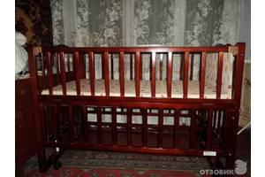 б/в Дитячі ліжка трансформери Geoby Goodbaby
