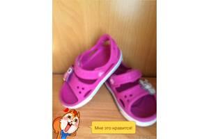 б/у Детские босоножки Crocs