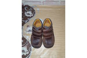 б/у Детские ботинки