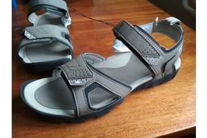 Нові Дитячі сандалі
