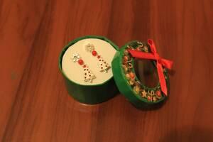 Набор сережек в новогодней упаковке для девочки