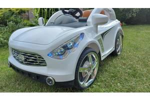 Продам детский электромобиль Infiniti