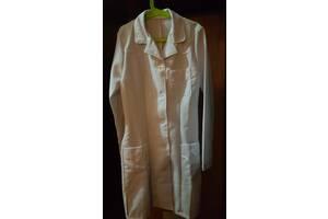 Продам халат белый для девочки в школу.