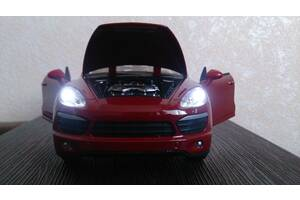 Изящный «АВТОПРОМ» Porsche Cayenne S Модель масш. 1:24 звук, метал., cвет