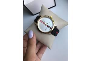 Новые Наручные часы женские Gucci