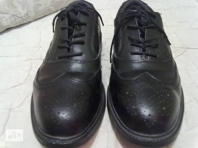 продам Черные туфли( Швейцария). размер 43 бу в Николаеве