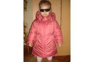Демисезонное пальто на девочку