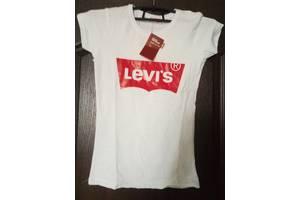 Нові Жіночі футболки, майки, топи LEVI'S