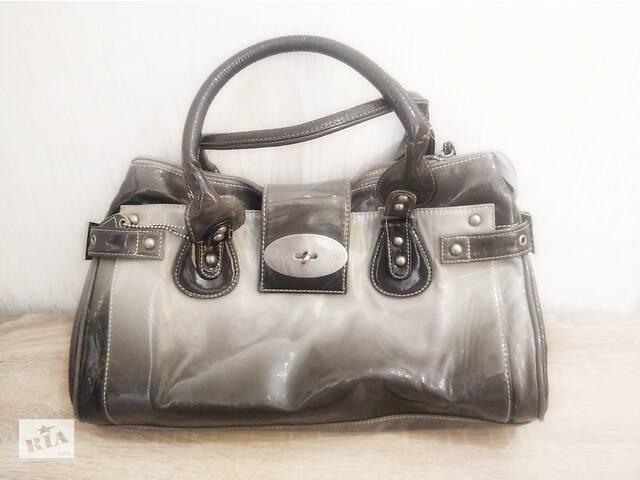 Модная лакированная сумка, 38 х 28 см, идеальное состояние