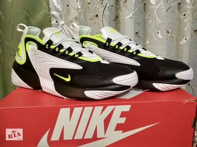 купить бу Оригінальні нові чоловічі кросівки 43,5 р. Nike zoom 2K в Києві