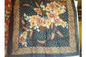 Платок женский головной черный с цветами