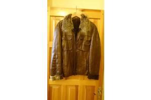 Продам кожаную меховую куртку-дубленку.