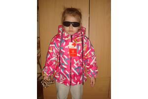 Яркая и модная демисезонная курточка от 1 года до 5 лет