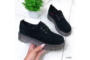 ТІЛЬКИ 39р. Замшеві туфлі в стилі dr. Martens 39р-24,5см