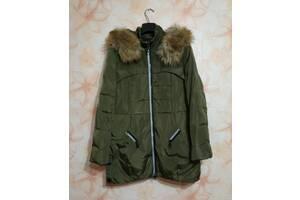 Жіноча куртка на пуху б/у рамер L