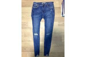 б/в Жіночі джинси Bershka