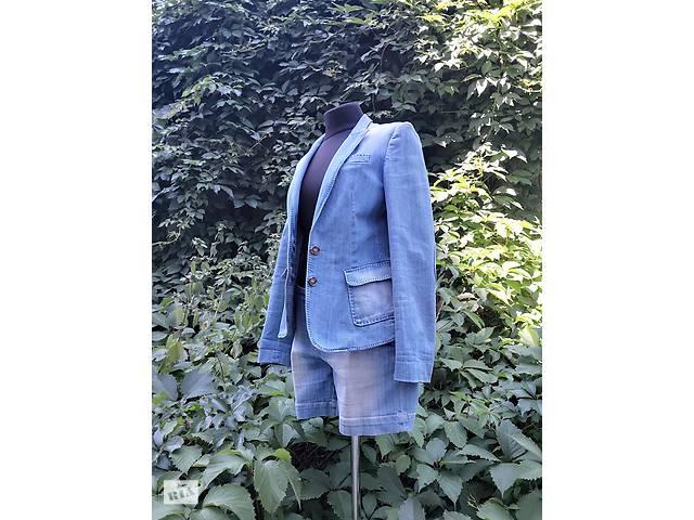 2fa55cabf27 Женский костюм Massimo Dutti