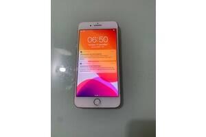IPhone 8+ 256gb неверлок