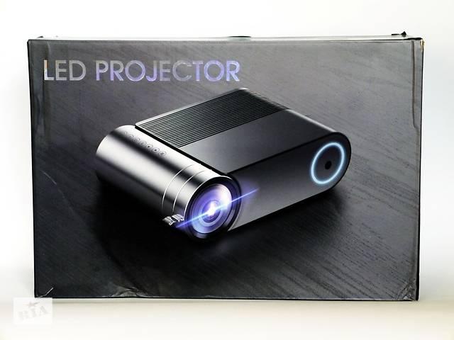 купить бу Мультимедийный проектор YG550 WiFi со встроенным стерео-динамиком в Житомире