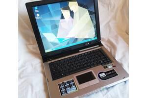Ноутбук ASUS A6M - простой, но надежный и проверенный временем. Супер комплектация. Подойдет для обучения ребенка