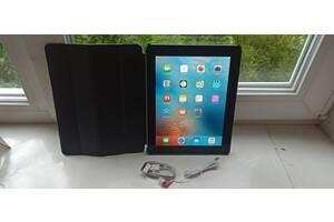 Продам Apple iPad 2 Wi-Fi 16GB,Чистый iCloud+защитный чехол.