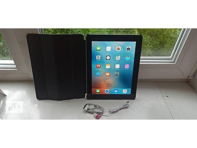 купить бу Продам Apple iPad 2 Wi-Fi 16GB,Чистый iCloud+защитный чехол. в Виннице
