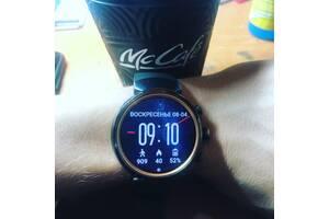 Продам смарт часы Asus Zenwatch 3 оригинал спортивный ремешок
