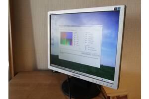 """ЖК-монитор 17"""" дюймов  TFT TN  Samsung SyncMaster 723N"""